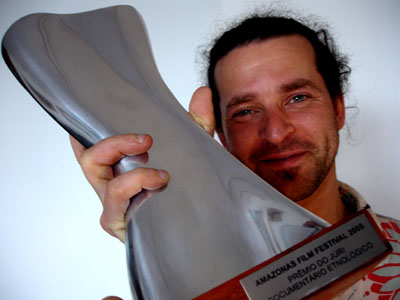 Ben Stark, editor and producer, collects the Premio do Juri